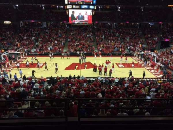 Kohl Center, section: 222, row: B, seat: 9