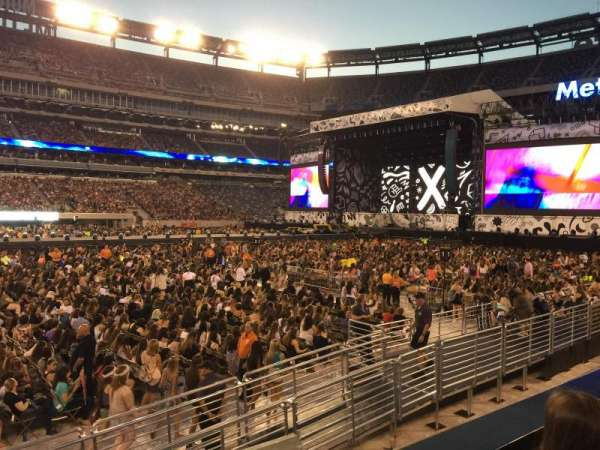 MetLife Stadium, section: 115C, row: 2, seat: 11