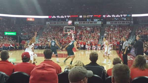 Kohl Center, section: 128, row: DD, seat: 8