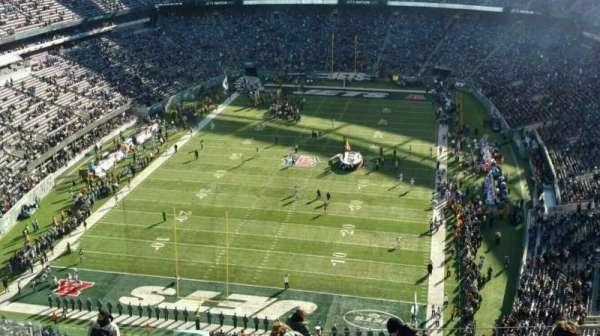 MetLife Stadium, section: 349, row: 19, seat: 22