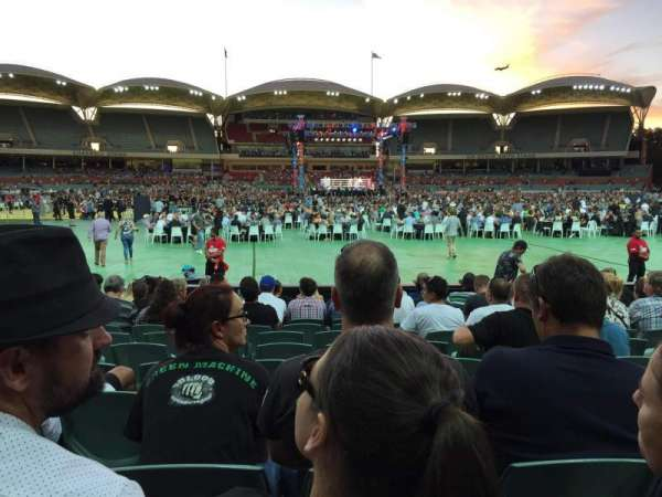 Adelaide Oval, section: 135, row: M, seat: 37