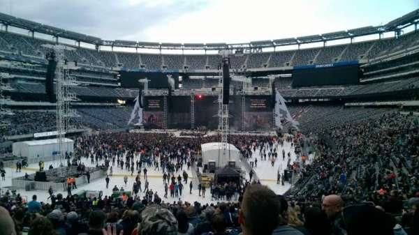 MetLife Stadium, section: 126, row: 36, seat: 18