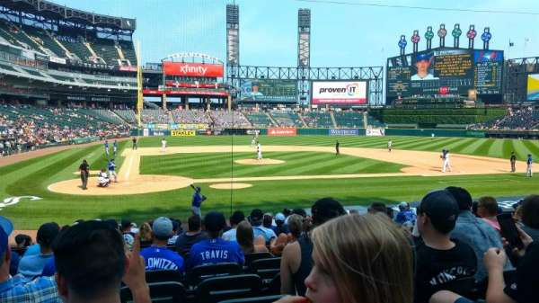 Guaranteed Rate Field, section: 128, row: 17, seat: 7