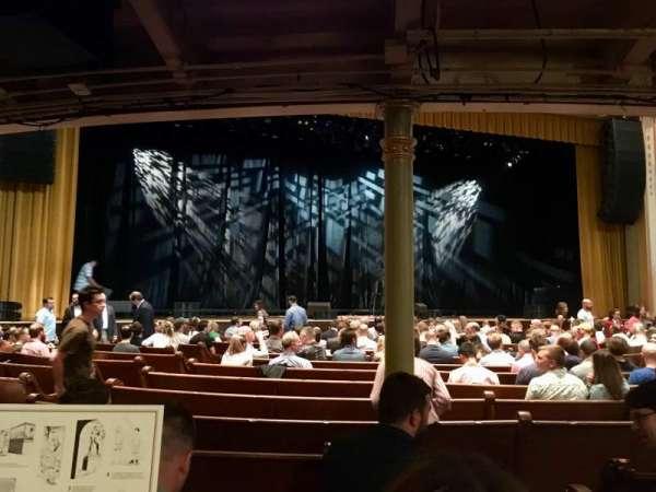 Ryman Auditorium, section: MF-6, row: Q, seat: 1