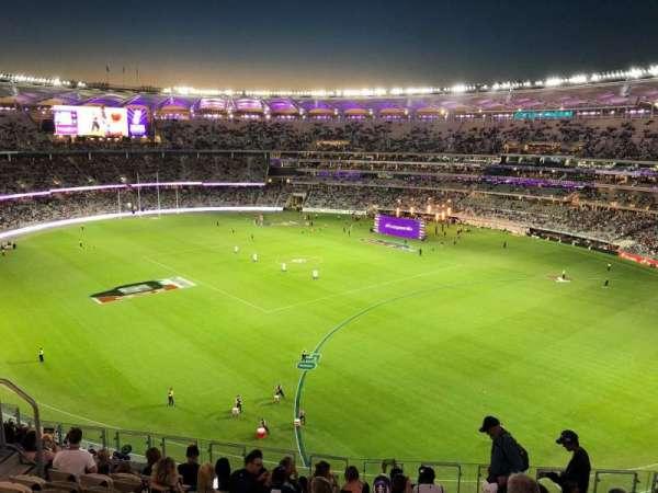 Optus Stadium, section: 550, row: 11, seat: 15
