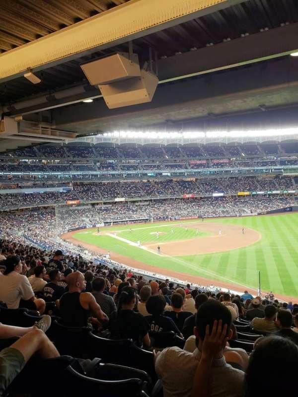 Yankee Stadium, section: 210, row: 22, seat: 10