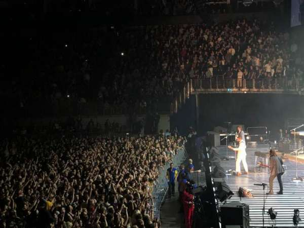 The O2 Arena, section: 113, row: Q, seat: 399