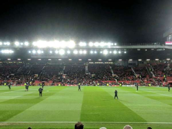 Old Trafford, section: N4109, row: RR, seat: 13