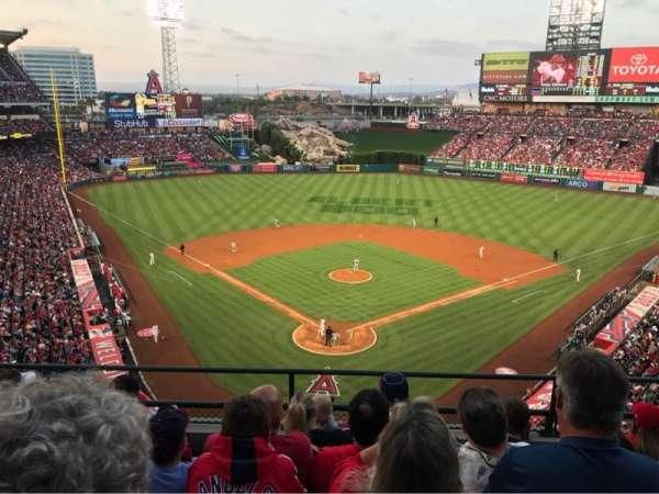 Angel Stadium, section: 419, row: E, seat: 10