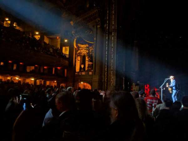 Chicago Theatre, section: Main Floor 3R, row: AA, seat: 310