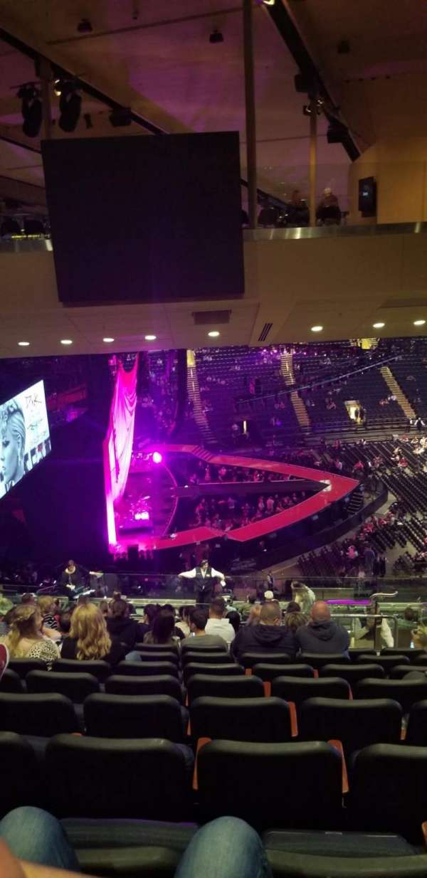 Madison Square Garden, section: 222, row: 20, seat: 19