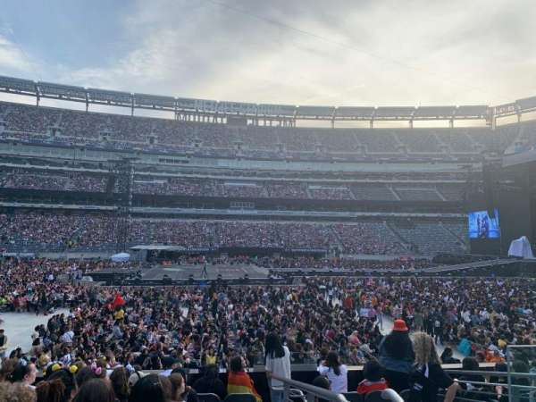 MetLife Stadium, section: 115A, row: 9, seat: 3