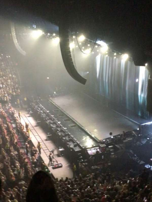 Manchester Arena, section: 215, row: C, seat: 9-12