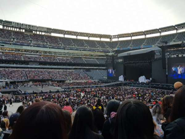 MetLife Stadium, section: 115C, row: 17, seat: 8