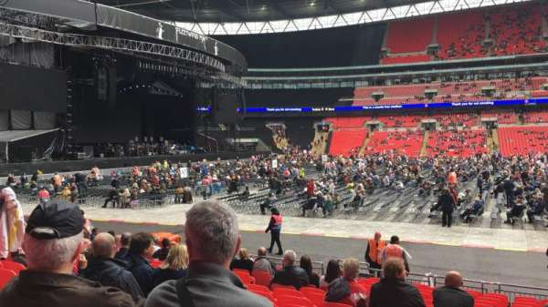 Wembley Stadium, section: B, row: 16, seat: Ee