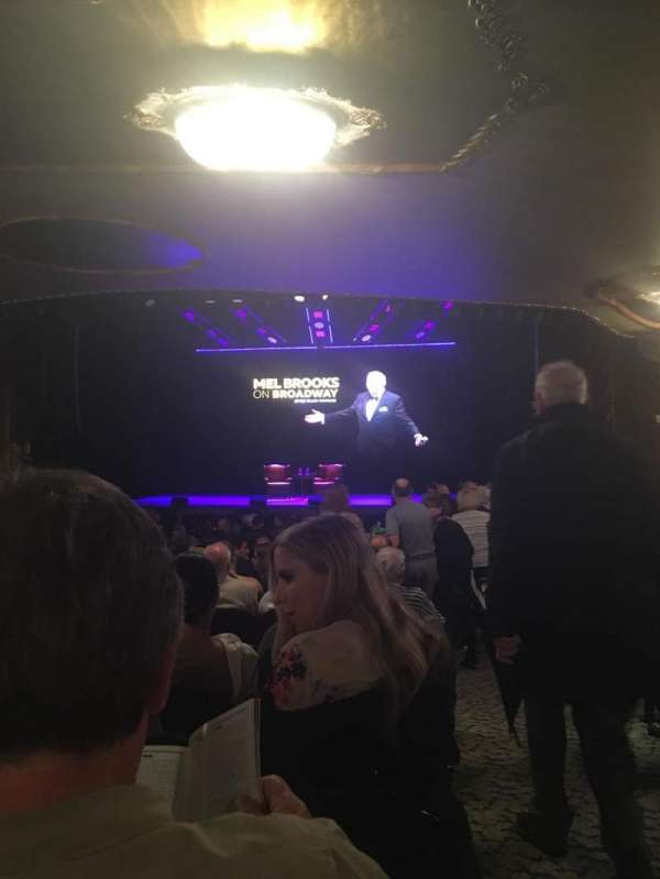 Lunt-Fontanne Theatre, section: Orchestra C, row: X, seat: 114