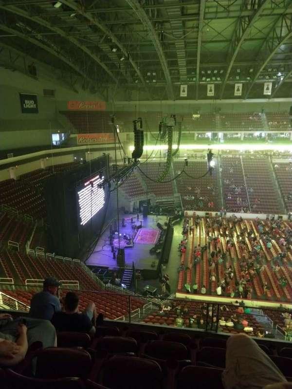 Giant Center, section: 218, row: E, seat: 1