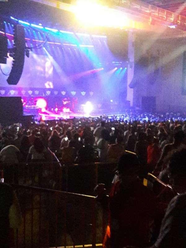 PNC Music Pavilion, section: 9, row: G, seat: 1