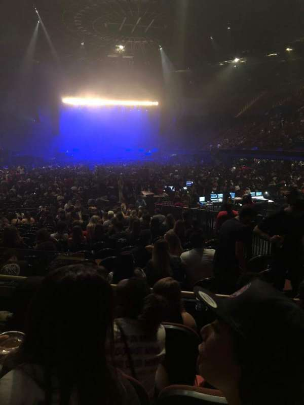 The Forum, section: 135, row: 4, seat: 3