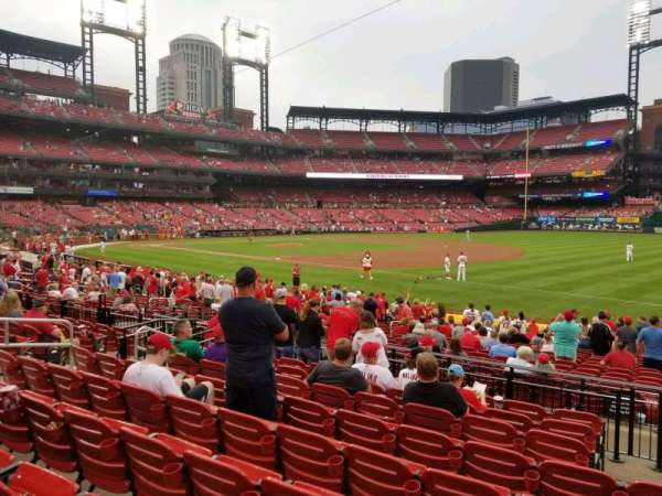 Busch Stadium, section: 138, row: 9, seat: 12