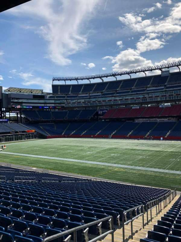 Gillette Stadium, section: 106, row: 34, seat: 21