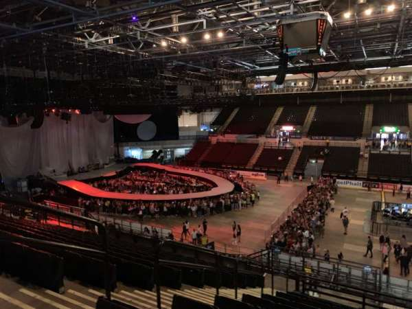 FlyDSA Arena, section: 205, row: p, seat: 4
