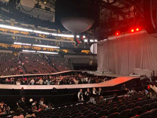 American Airlines Center, section: 106, row: L, seat: 15