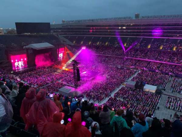 Soldier Field, section: 433, row: 22, seat: 15
