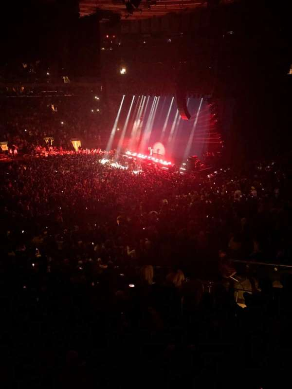Madison Square Garden, section: 210, row: 1, seat: 10