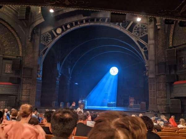 Princess Theatre (Melbourne), section: Stalls, row: Q, seat: 31