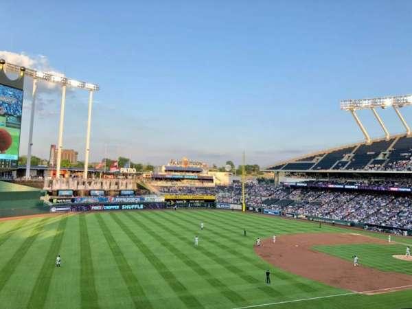Kauffman Stadium, section: CRAFT, row: TBLB, seat: 1
