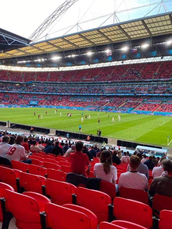 Wembley Stadium, section: 118, row: 27, seat: 202