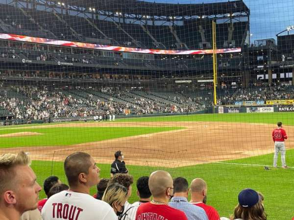 Guaranteed Rate Field, section: 120, row: 6, seat: 4