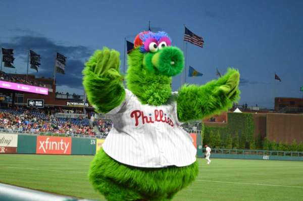 Citizens Bank Park, section: 134, row: 1, seat: 1