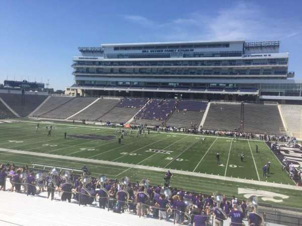 Bill Snyder Family Stadium, section: 26, row: 32