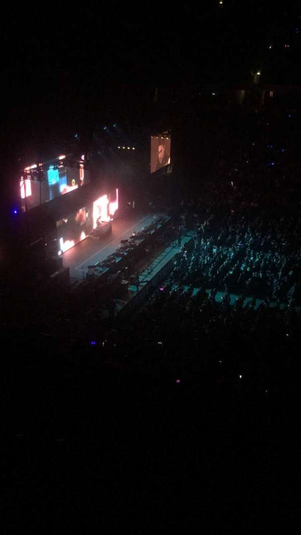 Manchester Arena, section: 202, row: G, seat: 29