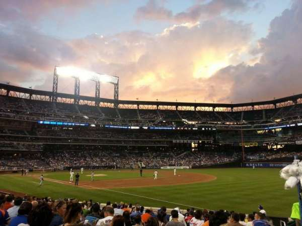 Citi Field, section: 107, row: N, seat: 6