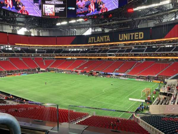 Mercedes-Benz Stadium, section: Suite 102, row: 1, seat: 8