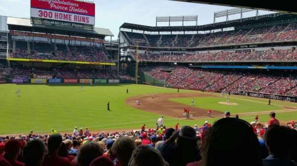 Globe Life Park in Arlington, section: 115, row: 34, seat: 16