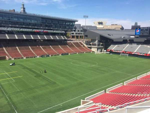 Nippert Stadium, section: 212, row: 8, seat: 1