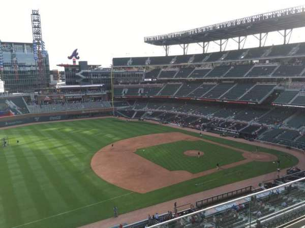 Truist Park, section: 337, row: 3, seat: 15