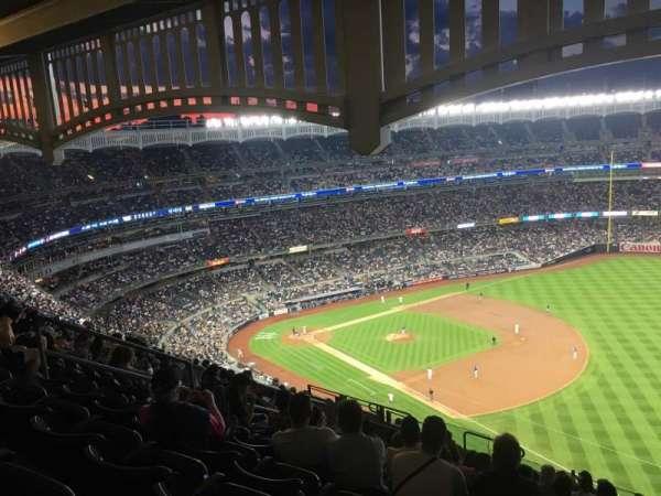 Yankee Stadium, section: 411, row: 14, seat: 13