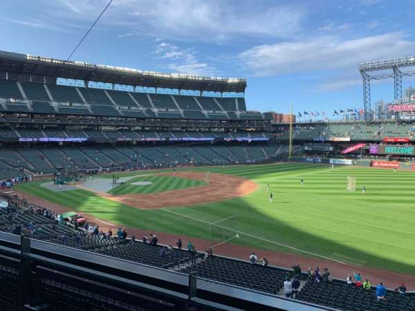 T-Mobile Park, section: 215, row: 2, seat: 1