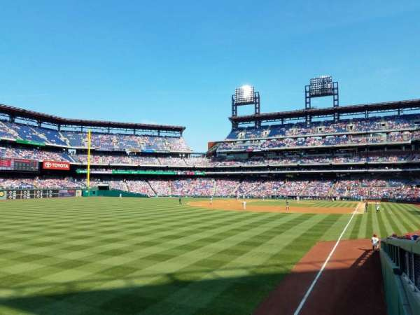 Citizens Bank Park, section: 140, row: 7, seat: 5
