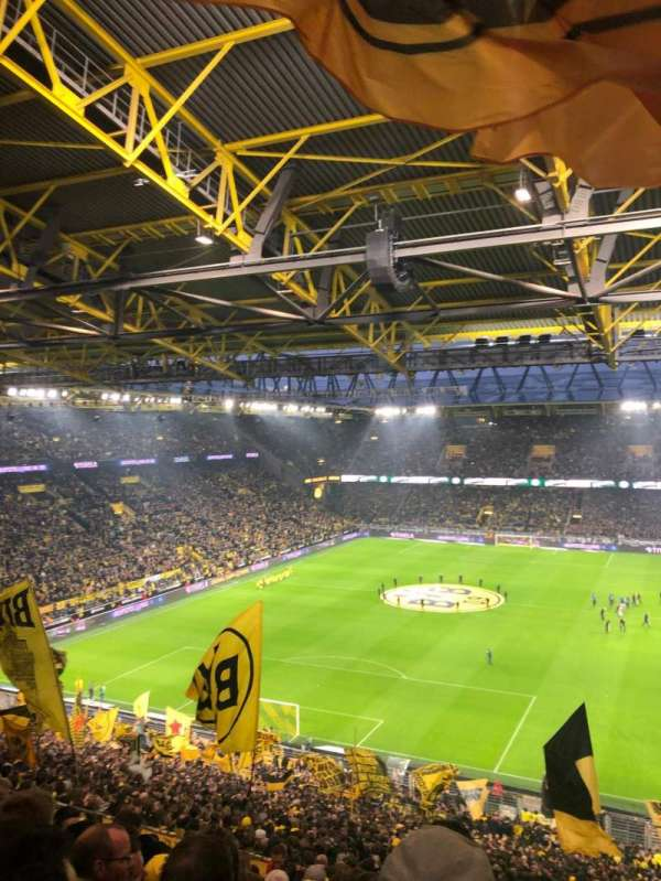 Signal Iduna Park, section: 83