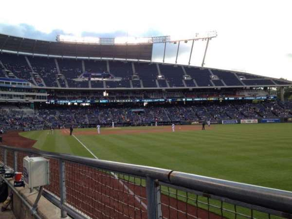 Kauffman Stadium, section: 146, row: G, seat: 5