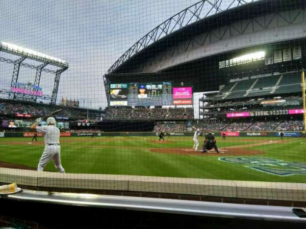 T-Mobile Park, section: 33, row: c, seat: 9