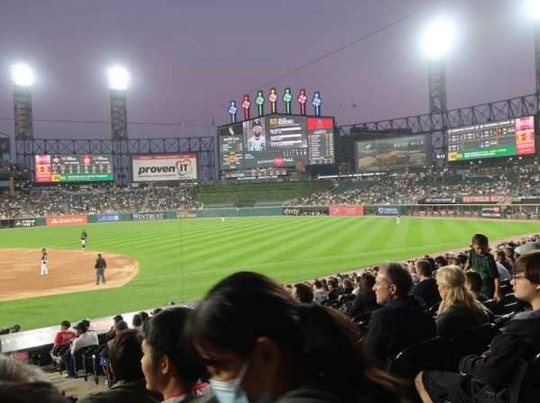 Guaranteed Rate Field, section: 123, row: 21, seat: 1