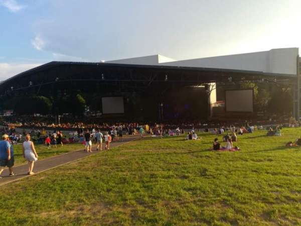 Jiffy Lube Live, section: LAWN, row: LAWN, seat: LAWN