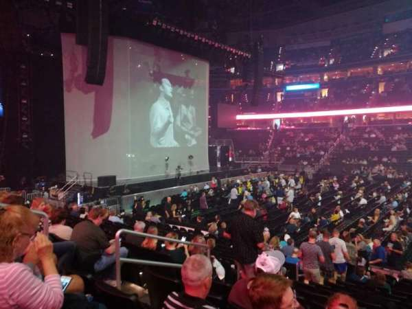 Capital One Arena, section: 100, row: O, seat: 6